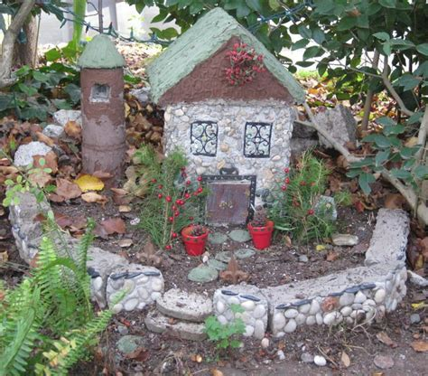 Gnome Homes For Gardens garden houses diy home decorating trend 1732 write