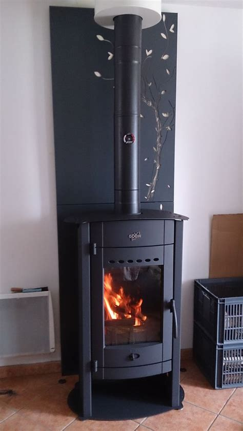 po 234 le 224 bois avec protection murale d 233 corative ovens wood burning stove how tos cing stoves