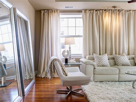 Beautiful Sheer Living Room Curtains  Ideas For Hanging. Fresh Fruit Decoration. Rooms To Go Leather Sofa Set. Cake Decorating Classes In Houston. Best Home Decorating Apps. Renaissance Decor. Room And Board Dining Tables. Dining Room Benches With Backs. Amazon Home Decor