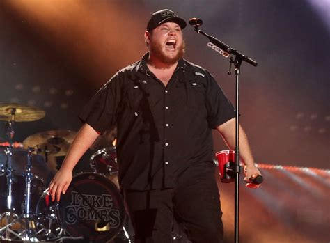 Country Singer Luke Combs' Unassuming Appeal Makes Him A