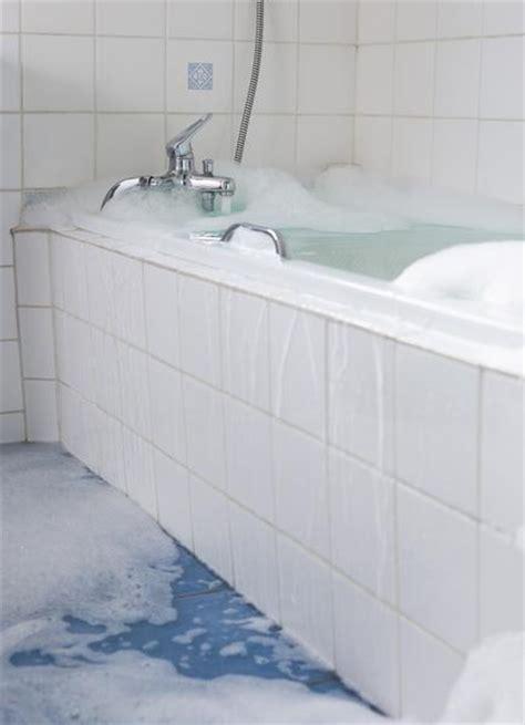 bathtub reglaze or replace miscellaneous cost to reglaze a bathtub reglaze bathtub