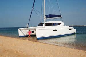Catamaran Keel Vs Daggerboard by Multihulls Vs Monohulls Advantages Catamarans