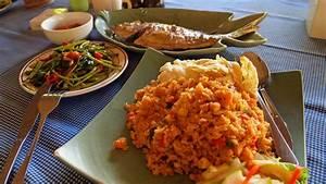 Warmhaltebox Für Essen : indonesien essen 23 leckere gerichte die du nicht verpassen solltest reiseblog f r ~ Markanthonyermac.com Haus und Dekorationen
