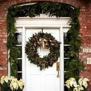 Weihnachtskranz Für Tür : weihnachtsdeko hauseingang breitet festliche stimmung aus 44 outdoor dekoideen ~ Markanthonyermac.com Haus und Dekorationen
