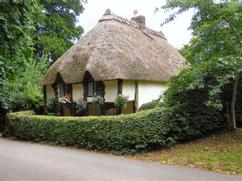 Filethatched Cottage, Cockington Geographorguk
