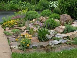 Gestaltung Kleiner Steingarten : de 25 b sta id erna om steinbeet anlegen bara p pinterest kiesgarten anlegen steinbeet ~ Markanthonyermac.com Haus und Dekorationen