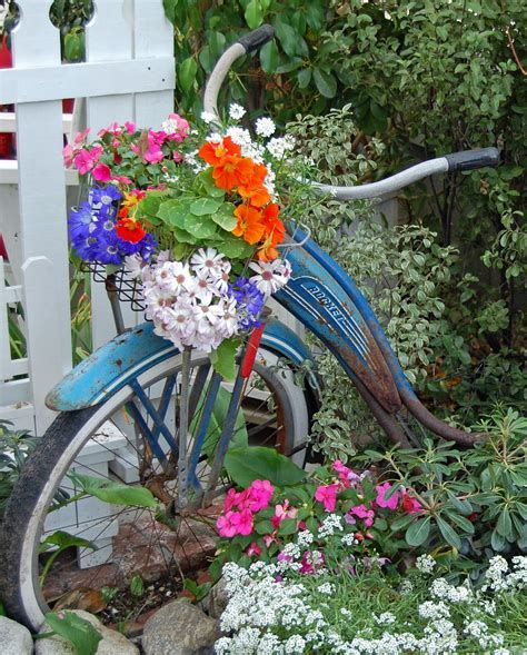 My Painted Garden Painting A Vintage Bicycle