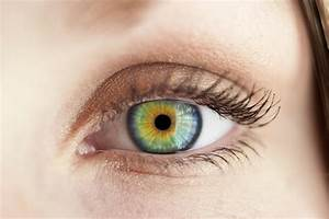 Woman Warns Others After Eyeball Tattoo Nearly Blinded Her ...