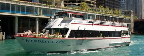 Which Wendella Boat Tour Is Best by 133 Best Chicago Homes And Lifestyle Images On Pinterest