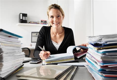 Find Out If You Should Hire A Professional Grant Writer