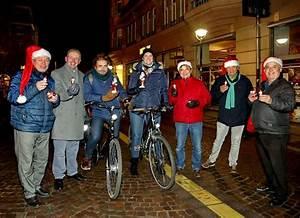 Licht Und Wohnen Karlsruhe : stadt belohnt radfahrer die in karlsruhe mit licht fahren mit dieser berraschung ~ Markanthonyermac.com Haus und Dekorationen