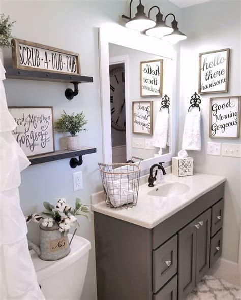 2018 Bathroom Decor Trends Apartment Therapy  Rafael Martinez