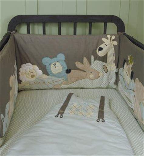 tour de lit taupe motifs doudous animaux pour lit b 233 b 233 60 x120 ou 70x140 cms ideas bebe