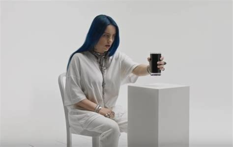 """Billie Eilish Premieres Spooky """"when The Party's Over"""