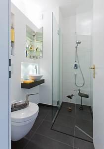 Wandgestaltung Gäste Wc : sehr sehr kleines bad modern g stetoilette hamburg von klaus klein gmbh ~ Markanthonyermac.com Haus und Dekorationen