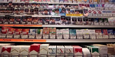 cigarettes le paquet neutre arrive dans les bureaux de tabac