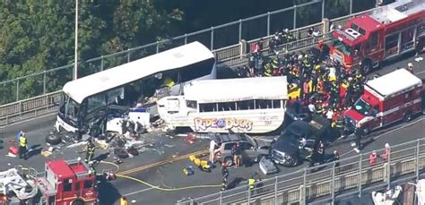 Boat Crash Good Morning America by Duck Boat Crash Kills 4 Students In Seattle Video Abc News