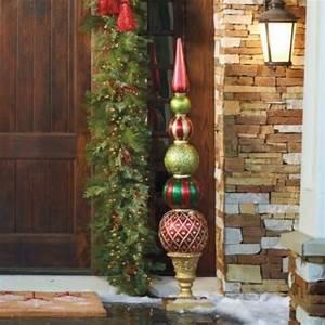 Weihnachtsdeko Im Außenbereich : weihnachtsdeko im garten 30 ideen mit weihnachtskugeln ~ Markanthonyermac.com Haus und Dekorationen