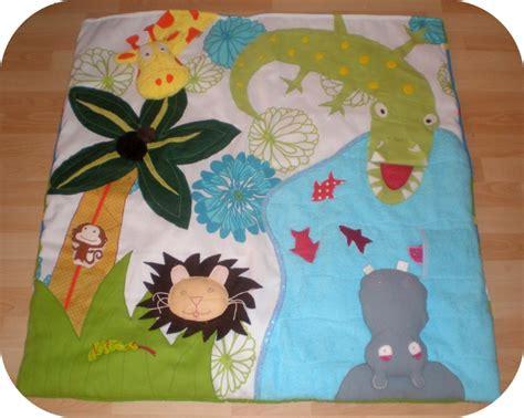 tapis d eveil jungle photo de jouets z 233 bulon le lardon