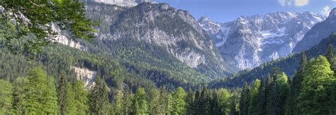 bavarian alps mountain range in garmisch partenkirchen thousand wonders