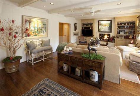 Persona 5 Home Decoration : ديكورات منازل لمنزل عصري