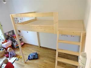 Günstig Bett Selber Bauen : vollholz hochbetten ma gefertigt aus berlin hochetagen etagenbetten spieletagen schlafebenen ~ Markanthonyermac.com Haus und Dekorationen