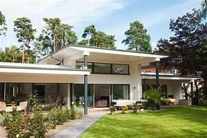 Haus Bungalow Modern : breit aufgestellt bungalows livvi de ~ Markanthonyermac.com Haus und Dekorationen
