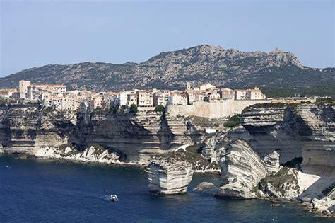 Excursion Catamaran Ile Lavezzi by Vacances En Corse Du Sud Loin Des Touristes Lonely Planet