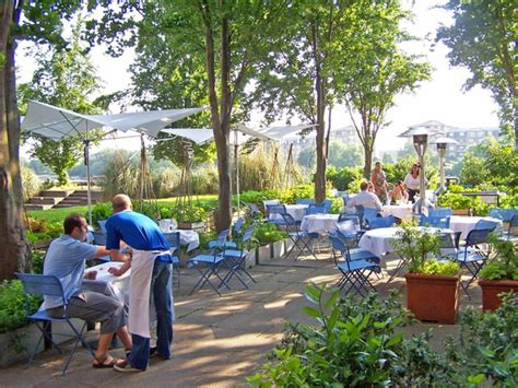 Garden Restaurant Design Ideas garden design ideas from the restaurant the river caf 233