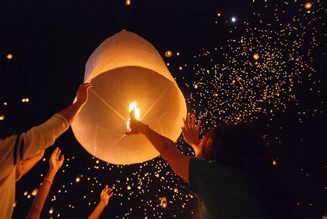 sky lantern wildfire today
