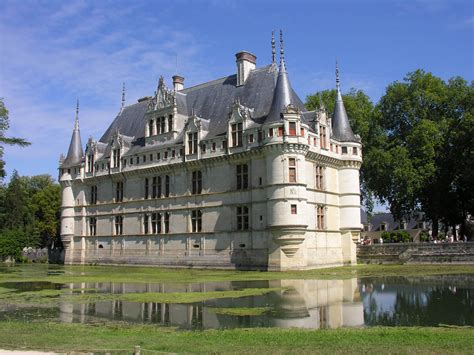 castles near l aulnay bricard cottage aulnay bricard