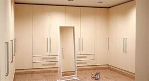 Kleiderschrank Selber Gestalten : begehbaren kleiderschrank selbst konfigurieren ~ Markanthonyermac.com Haus und Dekorationen