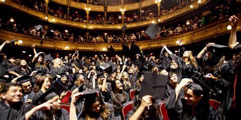 le lancer de chapeau sport 224 trop haut risque pour les universit 233 s anglaises really le