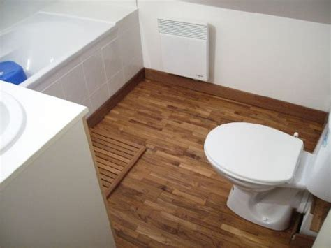 quel sol pour ma salle de bain sous comble placher bois 8 messages