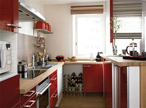 poser un plan de travail dans la cuisine maison travaux