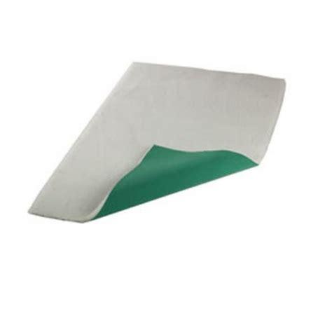 petlife vetbed original vet bed pet bedding white size 28 quot x 24 quot vet bedding from feedem uk