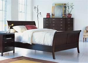 Moderne Betten 140x200 : 50 coole betten im kolonialstil f r ein gem tliches schlafzimmer ~ Markanthonyermac.com Haus und Dekorationen
