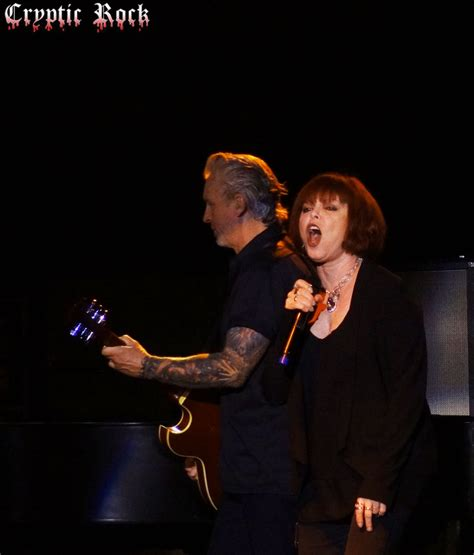 pat benatar live at the paramount 8 27 13 exclusive coverage cryptic rock