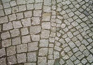Normale Bettdecken Größe : granitpflaster normale gr sse und rechts mosaikpflaster ~ Markanthonyermac.com Haus und Dekorationen