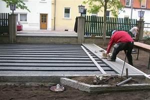 Holzdielen Für Terrasse : wpc bauanleitung unterbau einer wpc terrasse verlegen der terrassendielen ~ Markanthonyermac.com Haus und Dekorationen