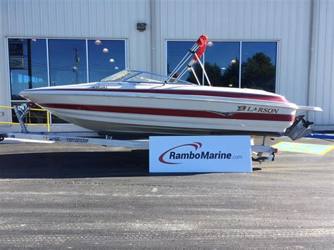 Larson Boats Texas by Used Larson 230 Lxi Boats For Sale Boats