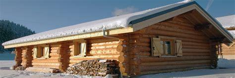 la pessi 232 re lodge et chalet en bois ronds fuste rondin hll