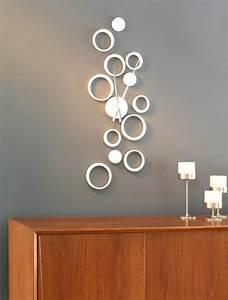 Küchen Wanduhren Design : moderne wanduhren 27 kreative beispiele ~ Markanthonyermac.com Haus und Dekorationen