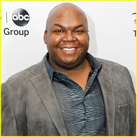 actor windell d middlebrooks from the suite on deck