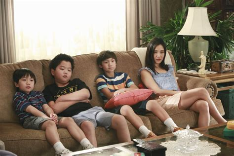 Movie Boy In Boat With Tiger by Watch Online Fresh Off The Boat Episode 12 Dribbling