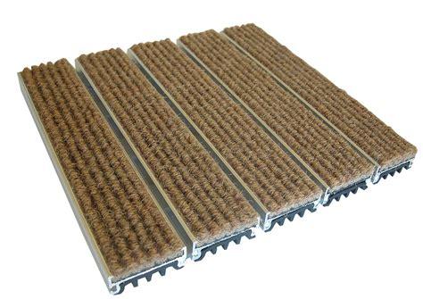 esplanade 1500 tapis de propret 233 profil 233 s pour sols protection murale balisage lumineux