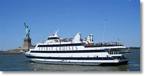 Round Manhattan Boat Trip new york city tours dream vacation ideas