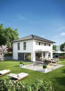 Garant Haus Bau : die besten 25 walmdach ideen auf pinterest dachformen hippes dachdesign und dachneigung ~ Markanthonyermac.com Haus und Dekorationen
