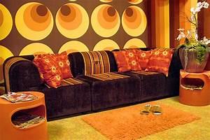 70er Jahre Möbel : waschsalon und caf bar trommelwirbel mit 70er jahre flair ~ Markanthonyermac.com Haus und Dekorationen