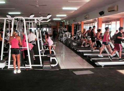 une salle de musculation moderne et peu cher 224 bali